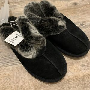 Target Furry Clog Style House Shoes Slippers NWT